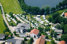 Luftaufnahme von Pension Seehof & Campingplatz Mansions, House Styles, Home Decor, Cosy Room, Bike Trails, Double Room, Decoration Home, Manor Houses, Room Decor