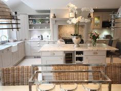 Langham kitchen by Shepherd's of Cheshire. Barn Kitchen, Real Kitchen, Kitchen Time, Open Plan Kitchen, Kitchen Dining, Kitchen Decor, Kitchen Ideas, Kitchen Cupboard, Awesome Kitchen