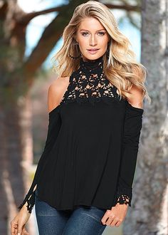 Relaxed boho look by day, chic evening look by night! Venus crochet neck top. Now in pink!