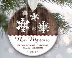 Personalized Family Ornaments, Family Christmas Gifts, Snowflake Ornaments, Wood Ornaments, Personalized Christmas Ornaments, First Christmas, Snowflakes, Christmas Crafts, Christmas Bulbs