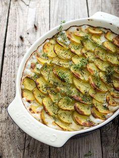 Zapiekanka z młodych ziemniaków