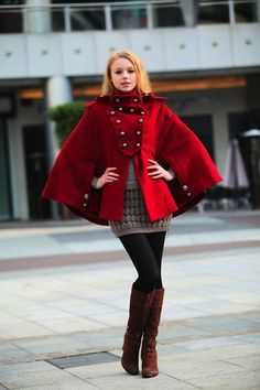 LOVE this Cape Coat | Roupas. Q amo | Pinterest