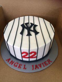 48 ideas of best birthday cake Baseball 2019 Baseball Birthday Cakes, Shark Birthday Cakes, Birthday Cake Girls, Baseball Party, 70th Birthday, Softball Party, Surprise Birthday, Baseball Cleats, Sports Party