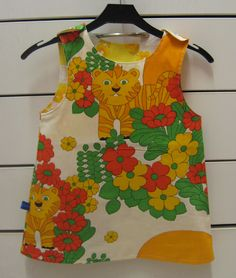 Kierrätyskankainen retromekko - retro dress