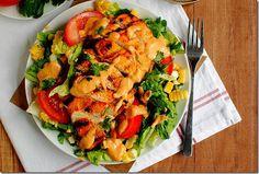 Recetas de ensaladas para los que odian comer ensaladas: Chipotle mango chicken salad.