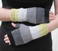 Hand made by Aino P.: Tädille, vol 2 Vol 2, Fingerless Gloves, Arm Warmers, Handmade, Fashion, Fingerless Mitts, Moda, Hand Made, Fashion Styles
