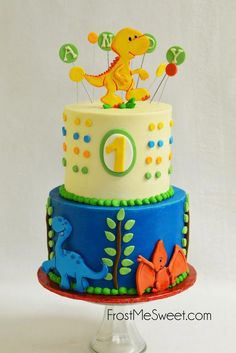 Dinosaur First Birthday cake by Frost Me Sweet - First birthday - first birthday cake-Erster Geburtstagskuchen Dinasour Birthday Cake, Dinosaur First Birthday, Boys 1st Birthday Cake, Boys First Birthday Party Ideas, Boy Birthday Parties, Dinosaur Party, Dinosaur Cakes For Boys, Dinosaur Dinosaur, Elmo Party