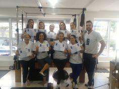 Nosso Professor Junior Excelentíssimo Profissional, na Turma 88 São Paulo - 2016 e seus alunos expressando e esbanjando felicidade no Curso de Pilates. Parabéns a todos os alunos. #thepilatesfisiofitness #pilates curso de pilates curso de pilates sp formação pilates