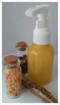 Bálsamo en gel  Ideal para dolores musculares.  Con propiedades antiinflamatoria y analgésicas.  Árnica, Caléndula, Harpagofito, Alcohol etílico en gel 70º
