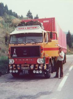 Heavy Weights, Volvo Trucks, Classic Trucks, Semi Trucks, Expand Furniture, Middle East, Vehicles, Vintage Trucks, Vintage School