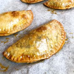 Puerto Rican meat pies, also known as baked empanadas, are a flavorful hand pie recipe with a ground beef, sofrito, and potato filling! You can make these easy savory pies with homemade empanada dough or use frozen Goya discos to simplify it even more. Beef And Potato Empanadas Recipe, Baked Empanadas, Empanadas Filling Recipe, Baked Beef Empanadas Recipe, Spanish Empanadas Recipe, Pastelillos Recipe, Chicken Empanadas, Appetizer Recipes, Food Dinners