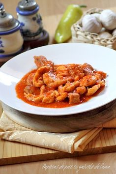 Pork Recipes, Recipies, Cooking Recipes, Dumplings, Romanian Food, Romanian Recipes, Eastern European Recipes, Thai Red Curry, Deserts
