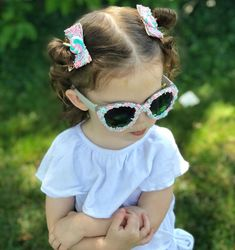 Small Kid Child Size Kitty Cat Sunglasses Little Girls Color Frame Bow Cute New