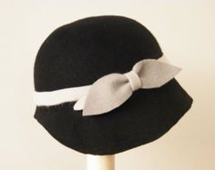 41311fac Items similar to Navy fur felt hat / Miss Fisher cloche hat / Phyrne 20s hat,  vintage style felt hat made in Israel on Etsy