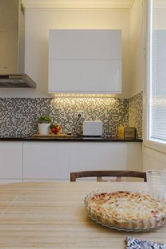 Työvalot keittiössä voivat nekin olla tyylikkäät ja hyvällä tavalla huomaamattomat. http://www.winled.fi/
