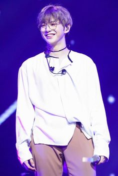 [HQ] 171013 Kang Daniel at Fanmeeting in Manila Cr. On pic