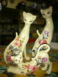 Paper Mache Animals, Photo Sculpture, Wood Cat, Cat Quilt, Cat Doll, Paper Stars, Cat Jewelry, Cat Drawing, Cat Art