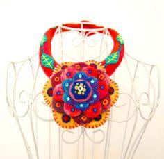 Statement flower collar necklace,needle felted wool (100% wool) jewelry,art jewelry,avantgarde Necklace,contemporary art,OOAK felt necklace