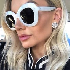 878933e0c74 Pop Age 2018 New Italy Brand Designer Oval Sunglasses Women Men Rivet  Mirror Eyeglasses Celebrity Sunglasses Gafas de Sol. Oversized Round ...