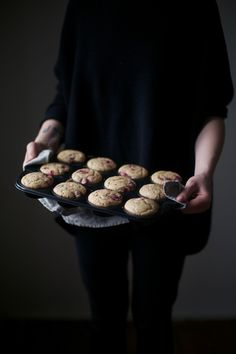 Our Food Stories // glutenfree banana-cherry-muffins with cherry-frosting