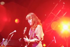#Feist at #Coachella. Metals is a great album if you haven't heard it yet.