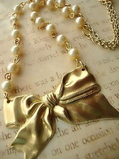 Blair Golden Bow Pearl  - Necklace