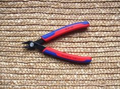 Knipex 78 61 125 Szczypce Boczne 64 HRC