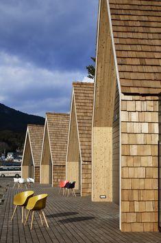 New House Facade Timber Architecture 33 Ideas Timber Architecture, Architecture Details, Cabins In The Woods, House In The Woods, Roof Design, House Design, Wooden Facade, Modern Barn House, Backyard Pool Designs