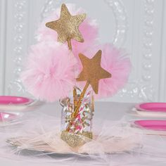 Pink & Gold Tulle Centerpiece - so cute for a princess party! Star Baby Showers, Gold Baby Showers, Elephant Baby Showers, Star Wars Party, Star Party, Tulle Centerpiece, Star Centerpieces, Princess Party Centerpieces, Princess Birthday Centerpieces