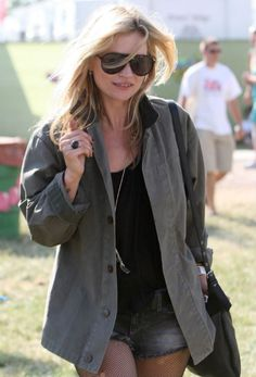 Summer Style Rules We've Learned From Kate Moss | StyleCaster