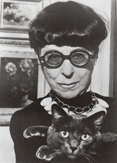 Edith Head....fashion desighner from the past A designer who didn't take herself too seriously...humility rules!