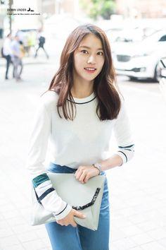 Gong Seung Yun (공승연) / Yoo Seung Yeon (유승연) Korean Celebrities, Korean Actors, Jonghyun Seungyeon, Wgm Couples, Gong Seung Yeon, Us Actress, Han Hyo Joo, Girl Body, Beautiful Asian Girls