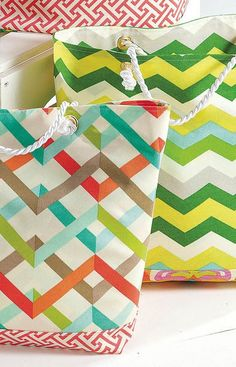 DIY Chevron Tote Bag | Great for carrying around all your favorite things!