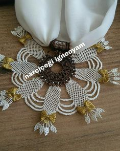Needle Lace, Lace Making, Bargello, Hand Embroidery, Elsa, Sewing, How To Make, Jewelry, Arkansas