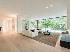 Cozy minimalist living room in Drevviken, Sweden by Architect John Pawson Interior Design Living Room, Living Room Designs, Interior Decorating, Modern House Design, Design Case, Home Living Room, Home Deco, Interior Architecture, Home Remodeling