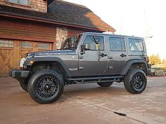 2014 Jeep Wrangler Rubicon!! Just a few more weeks and I will have one very similar to this!! Can't wait!!