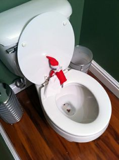Elf On the Shelf Letter When They Leave | Just in case you're wondering, those are chocolate chips!
