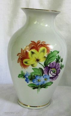 Herendi porcelán váza  / virágos - 6500 Ft - Nézd meg Te is Vaterán - Váza, hamutál - http://www.vatera.hu/item/view/?cod=2102409356