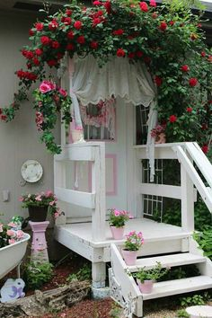 27 Wood Trim Ideas For The Front Porch 1981