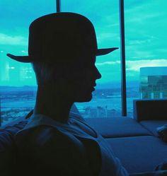 Justin Bieber silhouette