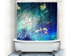 """Nubes de """"cielo"""" de la ducha hookless Aqua, estrellas, cielo, noche, árboles, turquesa, azul, verde azulado, baño, decoración para el hogar, naturaleza, caprichosa"""