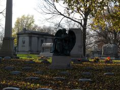 Forest Home Cemetery - Milwaukee, WI - THE PARK NEXT DOOR