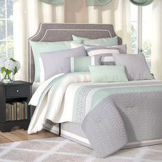 Quilts and Comforter sets Ruffle Bed Skirts, Ruffle Bedding, Weighted Comforter, Comforter Sets, Quilt Sets, Flat Sheets, Bed Spreads, Decoration, Duvet Cover Sets