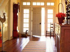 Make The Most Of Your Foyer