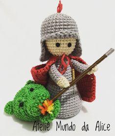santinhodecroche pictures - jestPic.com Peg Wooden Doll, Knit Crochet, Crochet Hats, Amigurumi Patterns, Knitting, Christmas, Crafts, Handmade, Diy