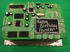 13th Birthday Boys, 13 Birthday Cake, Birthday Games, Birthday Board, Birthday Ideas, Computer Cake, Nerd Party, Cakes For Men, Cake Boss