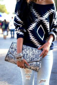 Aztec Print Off Shoulder Sweater With Clutch