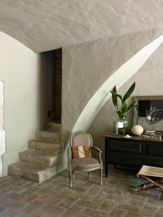 Contemporary Farmhouse Restoration- Eduardo Wrinkle-07-1 Kindesign