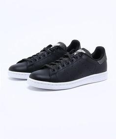 adidas(アディダス)のADIDAS アディダス STAN SMITH W S81618 CBK/CBK/WHT(スニーカー)|ブラック系その他