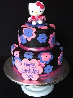 Cute iea for a baby shower (birthday) Hello Kitty cake